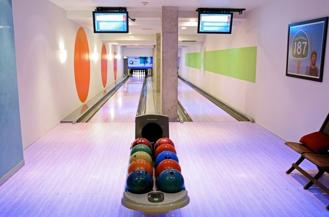 Luxury Estates with Private Indoor Bowling Alley for Sale PA, DE ...